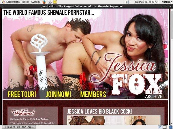 Jessica Fox With Paysafecard